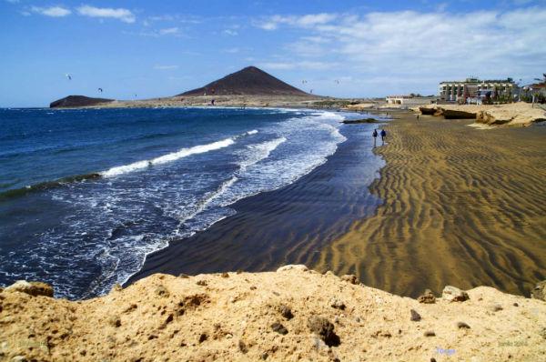 Playas de Canarias. Playa de El Médano, Granadilla de Abona (Tenerife) FOTO: TURISMO CANARIAS