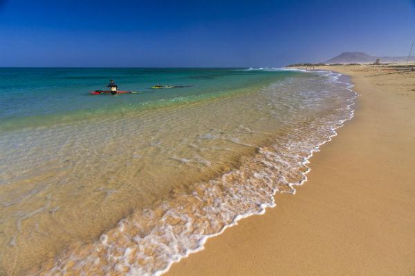 Playas de Canarias. Playas en las Dunas de Corralejo, La Oliva (Fuerteventura) FOTO: TURISMO CANARIAS