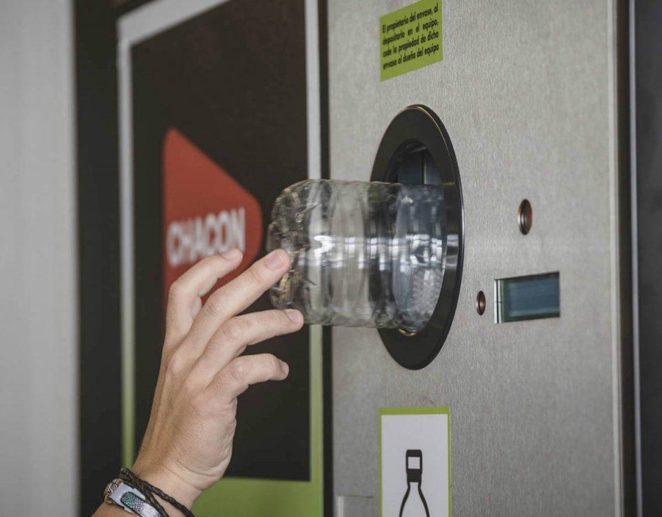 201803 Lanzarote estrena su primer sistema de pago por reciclaje