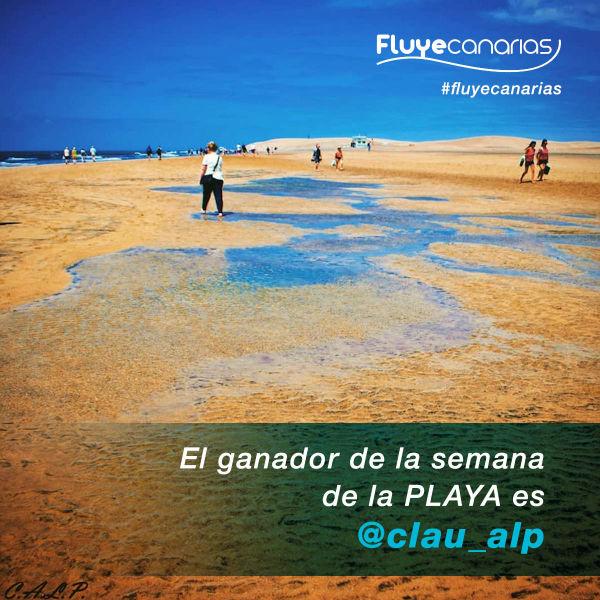 201807-Claudio Lujn Prez consigue ser la foto de la Semana de la Playa 1