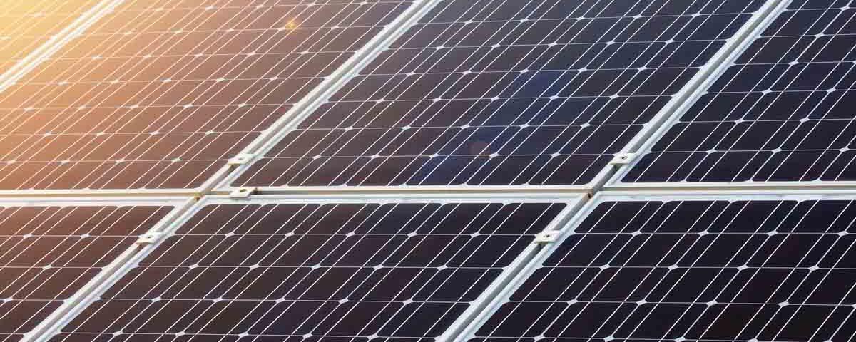201810 El Gobierno elimina el impuesto al sol y reconoce el derecho al autoconsumo