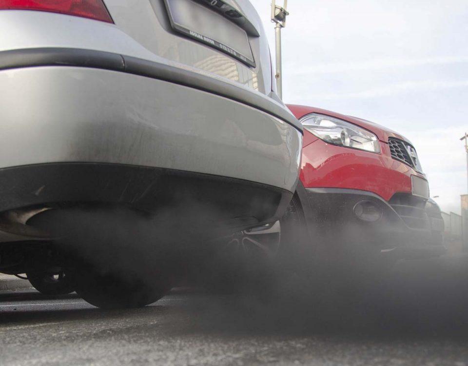 201810 Las emisiones de CO2 de los coches en Canarias se mantienen