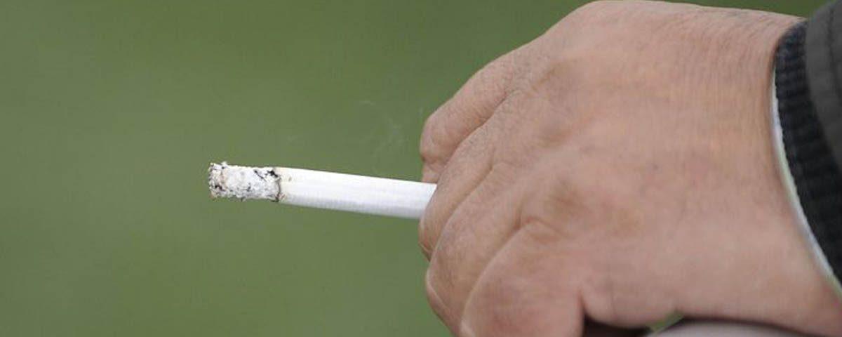 201811 Sanidad estudia prohibir el consumo de tabaco en eventos al aire libre