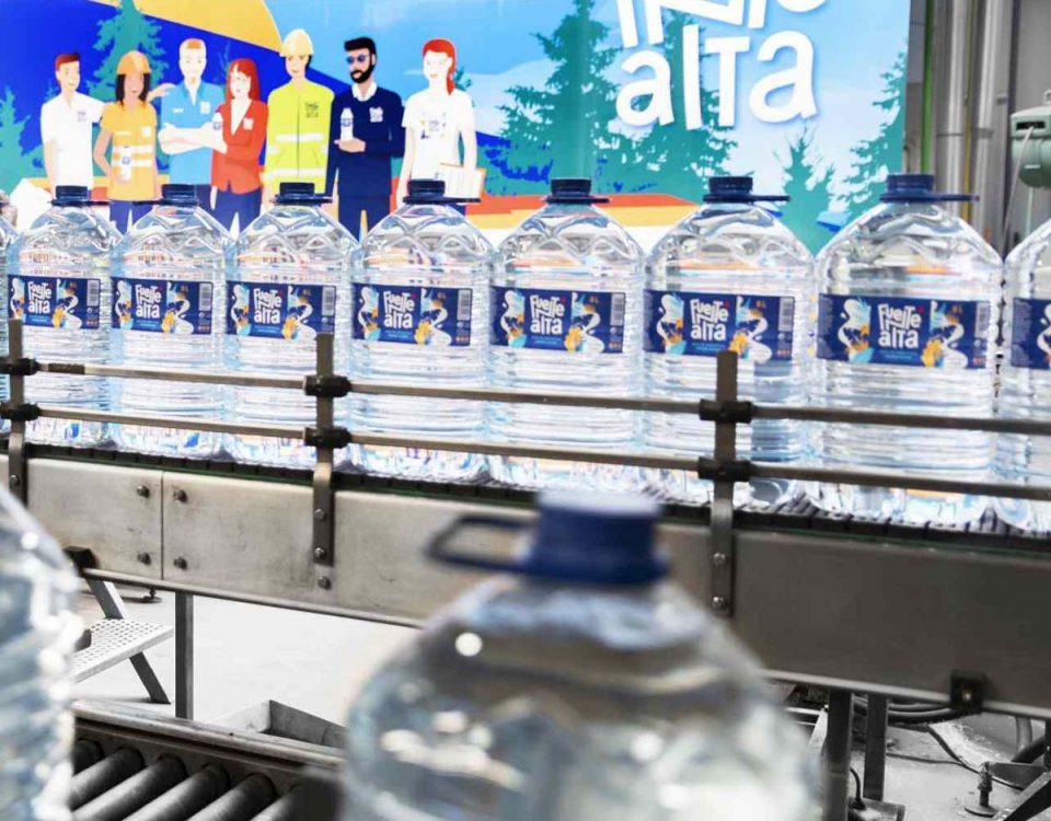 201904 Fuentealta botellas recicladas