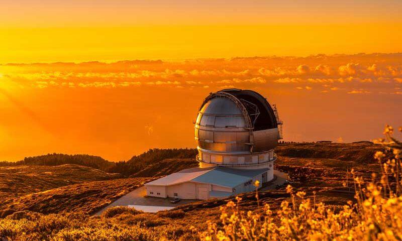 III Festival Hispanoamericano de Escritores: astronomía y literatura en el Astrofísico de La Palma